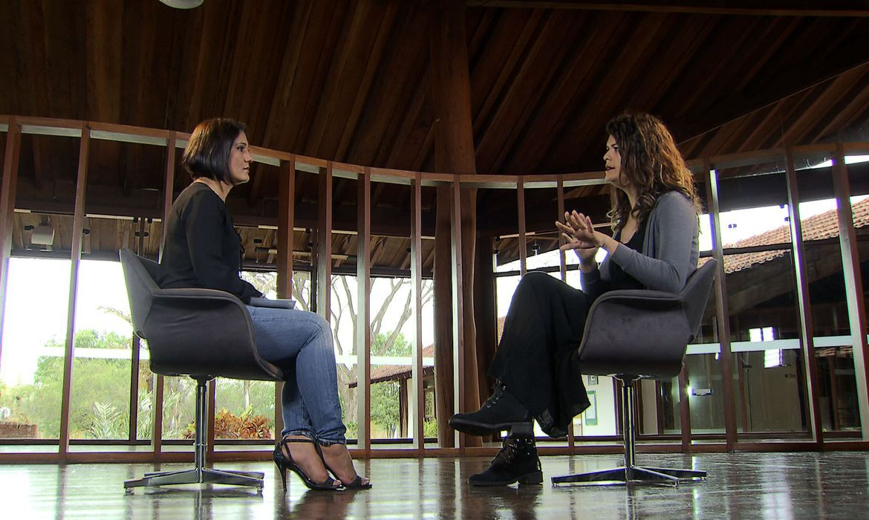 Presidente da União Libertária de Travestis e Mulheres Transexuais no Distrito Federal, Thaya Carneiro, é a entrevistada do programa Conversa com Roseann Kennedy