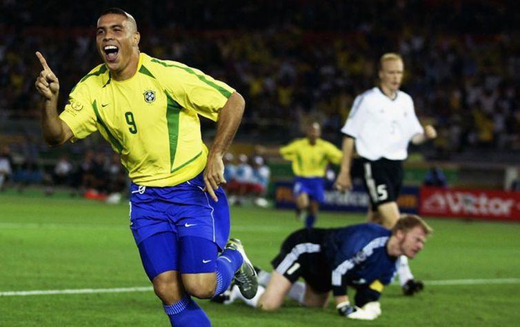 Ronaldo Nazário, Fenômeno