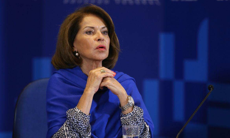 Brasília - A secretária executiva do MEC, Maria Helena Guimaãres de Castro, divulga balanço do primeiro dia de provas do Exame Nacional do Ensino Médio (Enem) (Fabio Rodrigues Pozzebom/Agência Brasil)