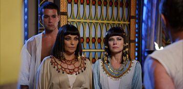 Ramsés, Nayla e Yunet recebem a notícia da morte de Seti