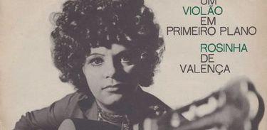 Capa do Álbum Um violão em primeiro plano, de Rosinha de Valença