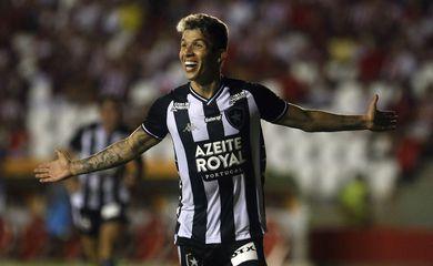 Bruno Nazário , do Botafogo, na Copa do Brasil contra o Náutico