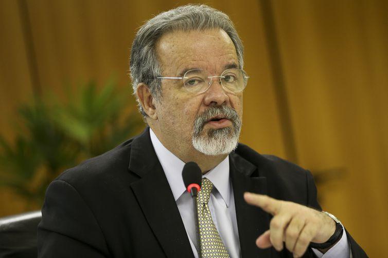 O ministro da Segurança Pública, Raul Jungmann, durante entrevista coletiva, divulga balanço das ações do ministério em 2018.