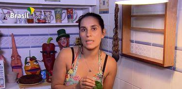 Educadora alimentar Simone Gomes apresenta a bertalha coração