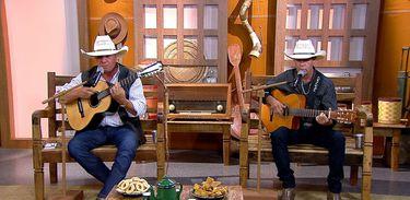 Baltazar Violeiro & Martinho cantam uma boa moda de viola no Brasil Caipira