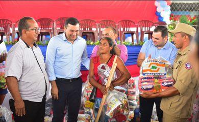 Ajuda humanitária chega a famílias afetadas pelas cheias no Amazonas