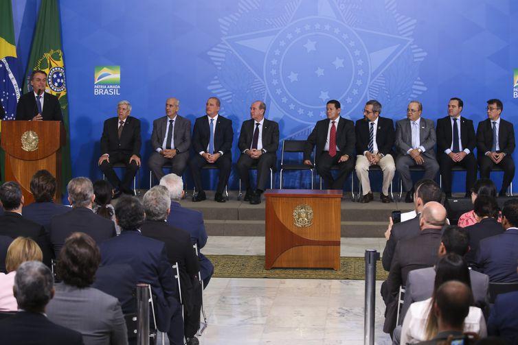 O Presidente Jair Bolsonaro durante o Lançamento do Programa Nacional das Escolas Cívico-Militares – PECIM.