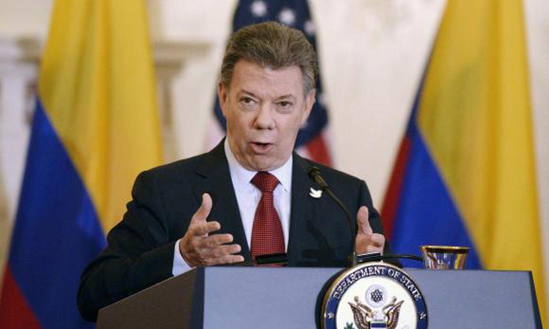 Colômbia - Na Colômbia, o presidente Juan Manuel Santos e o comandante das Forças Armadas Revolucionárias da Colômbia (Farc), Rodrigo Echeverri, o