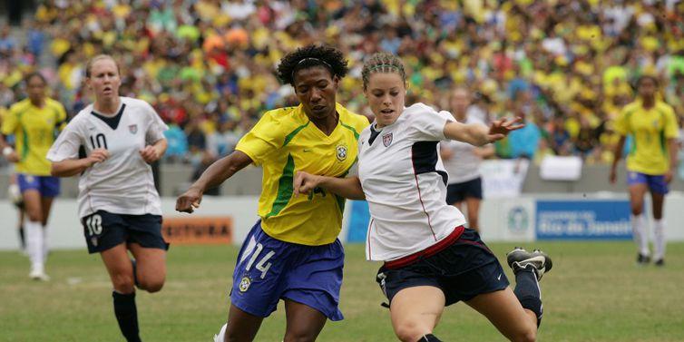 Pan 2007 - RJ - Brasil 5x0 Estados Unidos, seleção feminina