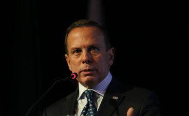 O governador do estado de São Paulo, João Dória, fala durante abertura do Salão Internacional de Avicultura e Suinocultura, no Palácio de Convenções do Anhembi.