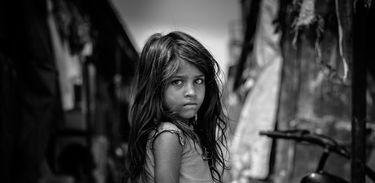 Estudo destaca a importância do atendimento interdisciplinar à criança vítima de violência sexual