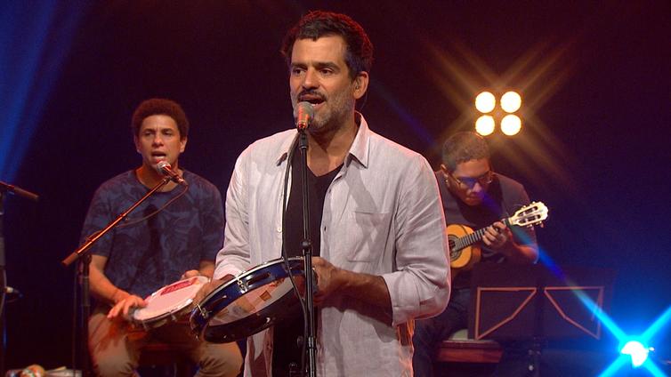 Cria da Lapa carioca, Pedro Miranda é destaque da cena do samba