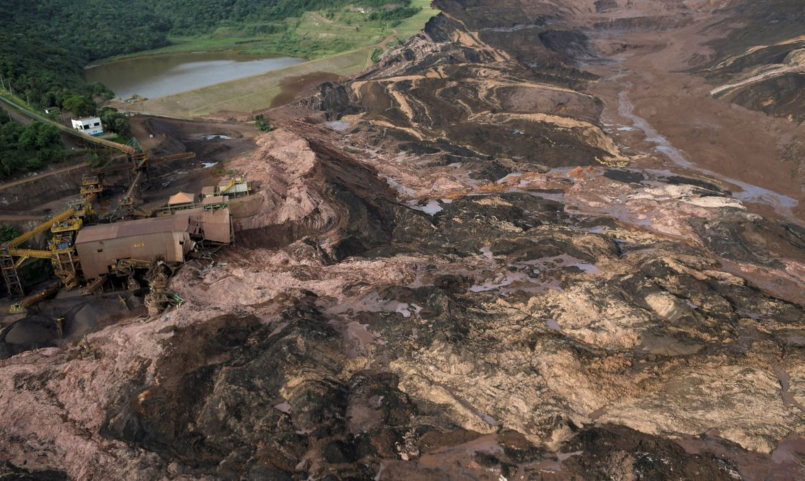 General view from above of a dam owned by Brazilian miner Vale SA that burst, in Brumadinho, Brazil January 25, 2019. REUTERS/Washington Alves