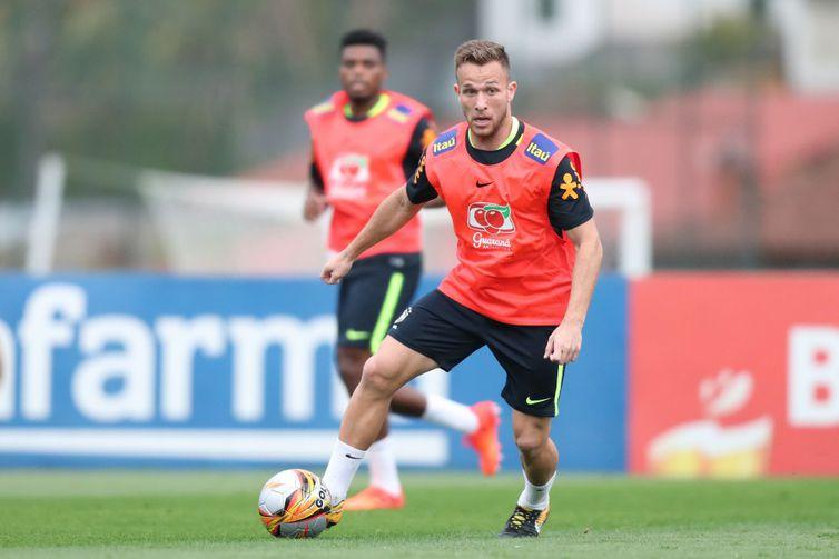 O planejamento de treinamentos da seleção prevê, também, duas partidas amistosas contra o Catar e Honduras.