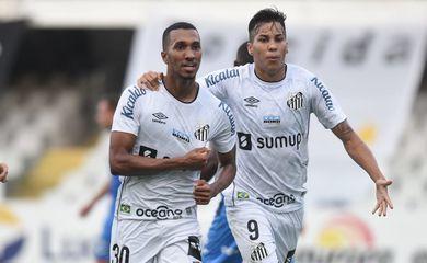 Santos vence São Bento por 2 a 0 e escapa de rebaixamento no Paulista - em 09/05/2021