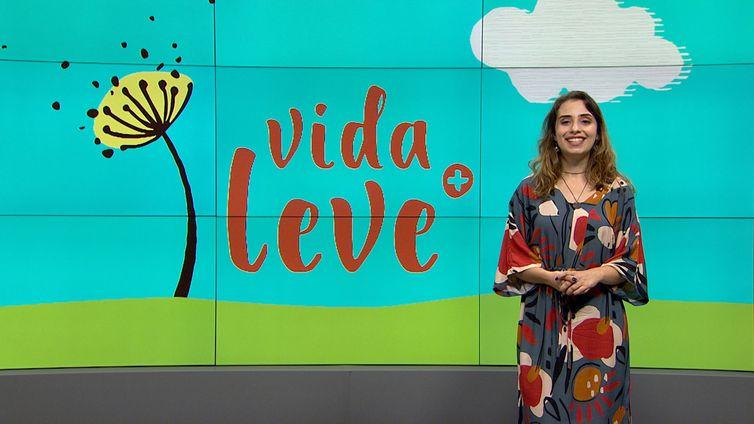 vidaleve_apresentadora_carolina_rocha_01_credito_divulgacao_tv_brasil.jpg
