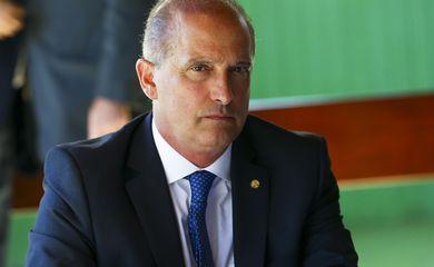 O ministro da Casa Civil, Onyx Lorenzoni, durante reunião com governadores e parlamentares, na residência oficial do Senado.