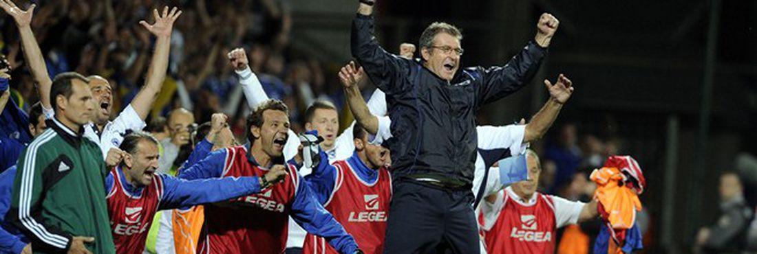 Bósnia se classifica para Copa