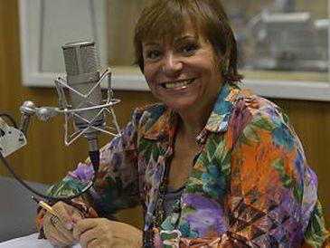 No dia 14 de setembro de 1981, nascia o Viva Maria. Junto com o programa estreava também, como apresentadora, a jornalista e radialista Mara Régia