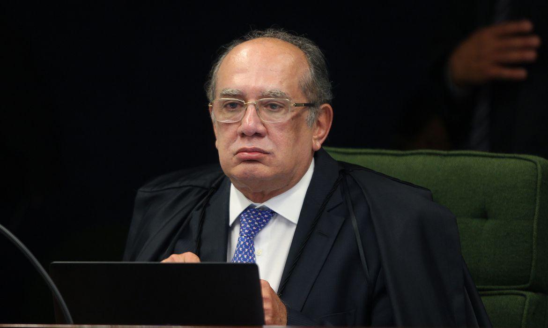 Ministro Gilmar Mendes durante sessão da Segunda Turma do STF para jugar ação penal proposta pela Procuradoria-Geral da República (PGR) contra a senadora Gleisi Hoffmann e seu marido, o ex-ministro do Planejamento Paulo Bernardo.
