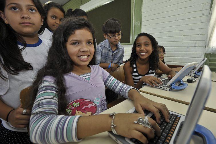 alunos_computador