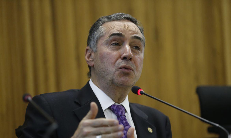 O ministro do STF Luís Roberto Barroso participa do Congresso Internacional de Direito e Gênero, na Fundação Getúlio Vargas, no Rio de Janeiro.