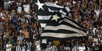 Babi x Marinho: Botafogo e Santos opõem protagonismo de atacantes