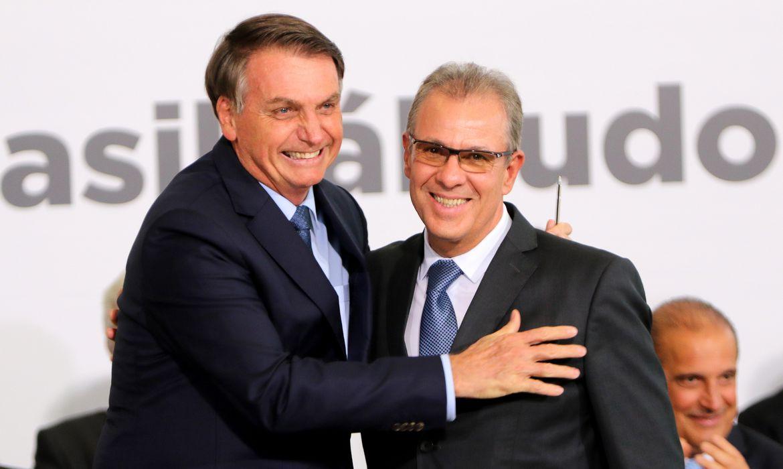 O presidente da República, Jair Bolsonaro e o ministro de Minas e Energia, Bento Albuquerque, durante Solenidade Alusiva aos 400 dias de Governo.