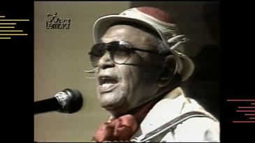 O Rei do Baião grava composição do filho, Gonzaguinha, em programa da antiga TVE
