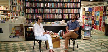 Raphael Montes entrevista o escritor Francisco Azevedo