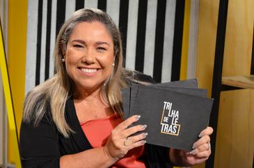 Katy Navarro apresenta a terceira temporada do Trilha de Letras
