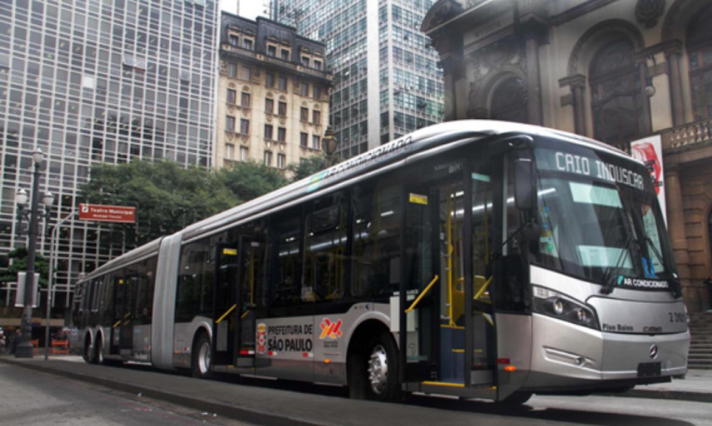 Ônibus SPTrans.
