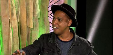 Adilson Dias é escritor, diretor teatral e artista plástico
