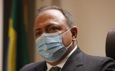O ministro da Saúde, Eduardo Pazuello, concede entrevista, para falar sobre a vacinação contra a covid-19 no país, Instituto Nacional de Traumatologia e Ortopedia (Into)