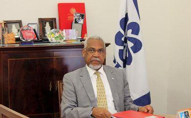 Secretário executivo da CPLP diz que seguir à risca a aplicação do acordo ortográfico não é uma prioridade