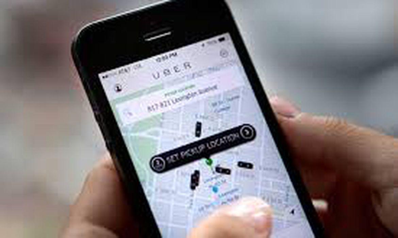 O aplicativo de transporte Uber funciona através da internet