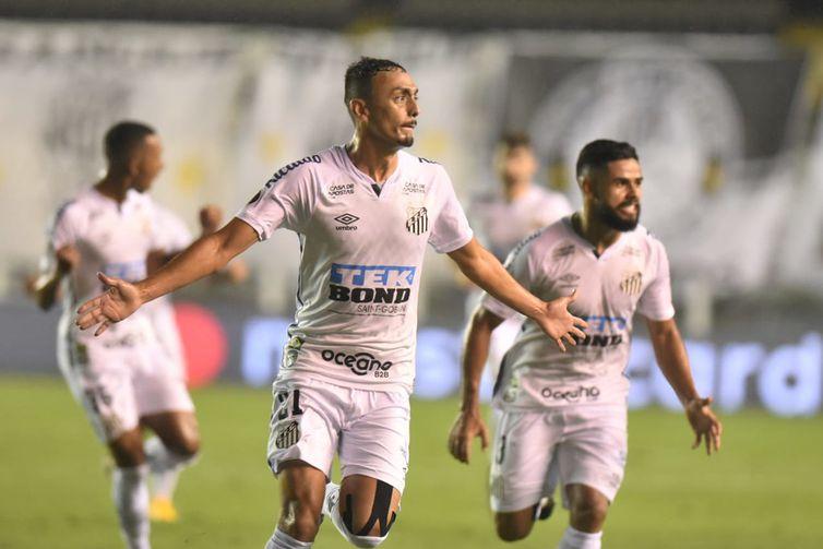 Atacante abriu o caminho para a classificação na Libertadores, na última quarta-feira (13).