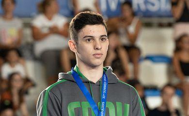 Luis Porto crava salto e garante bronze na ginástica artística da Universíade 2019