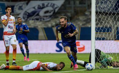 Cruzeiro vence por 1 a 0 Juazeirense, terceira fase, copa do brasil, em 03/06/2021
