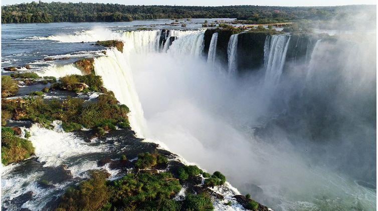 Parque Nacional do Iguaçu apresenta  uma paisagem inesquecível e única