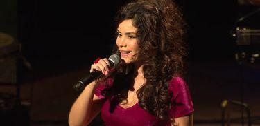 """Beatriz Rabello apresenta disco """"Bloco de Amor"""" no Cena Musical da TV Brasil"""