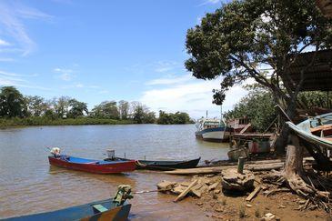 Foz do rio Doce, distrito de Regência