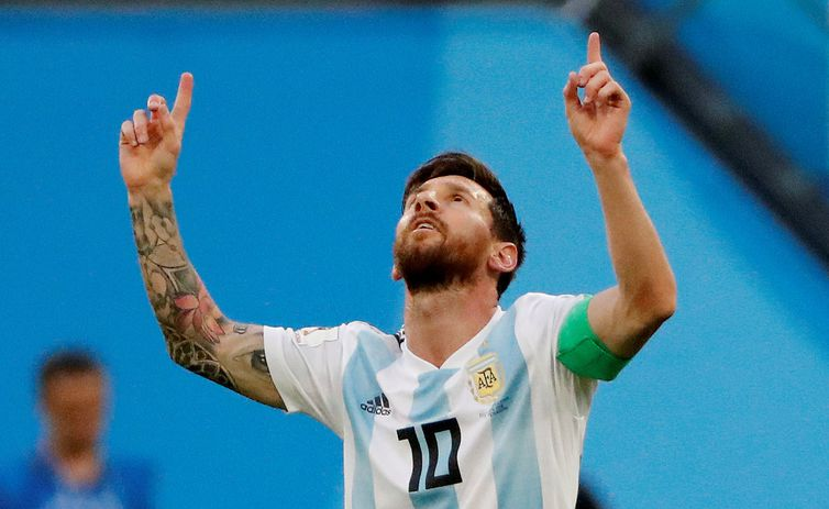 Soccer Football - World Cup - Group D - Nigeria vs Argentina - Saint Petersburg Stadium, Saint Petersburg, Russia - June 26, 2018   Argentina's Lionel Messi celebrates scoring their first goal    REUTERS/Jorge Silva