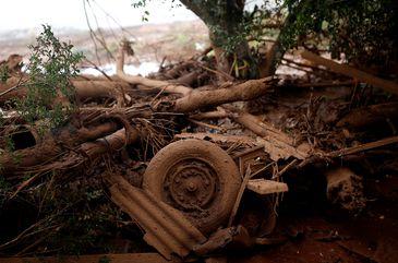 Detritos são vistos após o rompimento de barragem de rejeitos de minério de ferro de propriedade da mineradora Vale, em Brumadinho (MG).