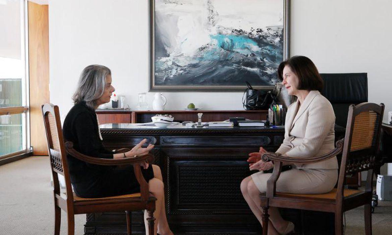A presidente do Supremo, ministra Cármen Lúcia, recebe a futura procuradora-geral da República, Raquel Dodge (Fellipe Sampaio/STF)