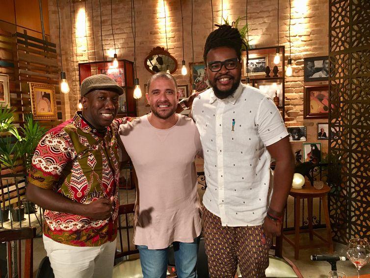 Diogo Nogueira recebe os músicos Mingo Silva e Nego Álvaro do Samba do Trabalhador