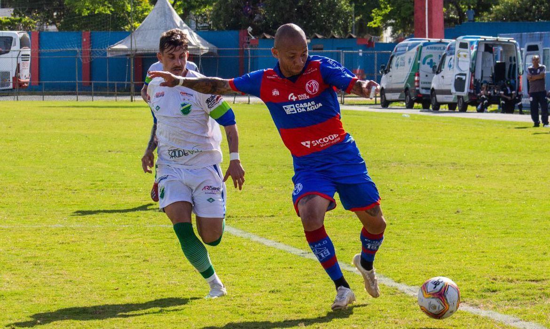 Marcílio Dias-SC empata com Altos-PI em 1 a 1 no primeiro jogo das quartas da Série d em 03/01/2021