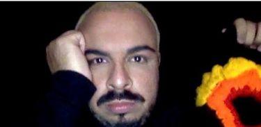 """Luis Lobianco no espetáculo online  """"Parece Loucura Mas há Método"""""""