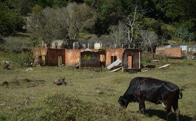 Comunidade de Paracatu, distrito de Mariana, atingida pelo rejeito após o desastre do rompimento da barragem de Fundão, em Mariana.