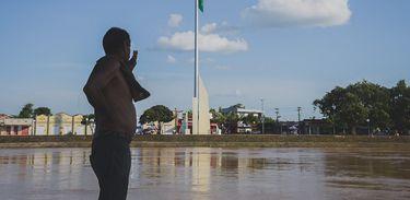 Rio Acre transborda na capital Rio Branco 07/01/20